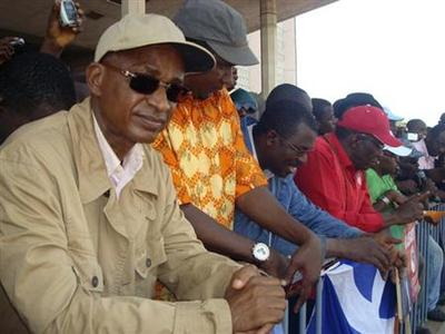 Thousands in Guinea demand graft-free vote