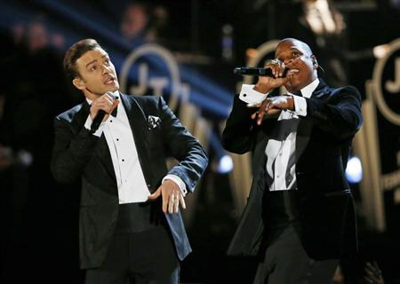 Justin Timberlake performs with Jay-Z (R) at the 55th annual Grammy Awards in Los Angeles, California, February 10, 2013. REUTERS/Mike Blake