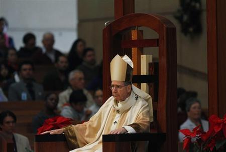 Cardinal Mahony, the Archbishop of Los Angeles Archdiocese, attends Holy Mass during Christmas at Cathedral of Our Lady of the Angels in Los Angeles, California December 25, 2010. REUTERS/Joshua Lott