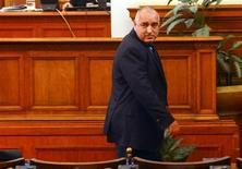 Il premier bulgaro Boiko Borisov oggi in Parlamento al termine del discorso con cui ha annunciato le dimissioni del governo. REUTERS/Julia Lazarova