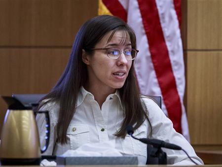 Jodi Arias testifies during her murder trial in Maricopa County Superior Court in Phoenix, Arizona February 19, 2013. REUTERS/Charlie Leight/The Arizona Republic/Pool
