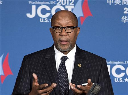 U.S. Trade Representative Ron Kirk speaks at a news conference during the 23rd session of the U.S.-China Joint Commission on Commerce and Trade in Washington in this file photo taken December 19, 2012. REUTERS/Joshua Roberts/Files
