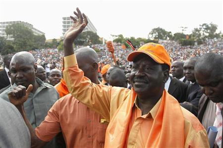 Kenya's Prime Minister Raila Odinga waves as he arrives at the Uhuru Park grounds for a joint political rally by the Coalition for Reforms and Democracy (CORD) in Kenya's capital Nairobi, December 22, 2012. REUTERS/Thomas Mukoya