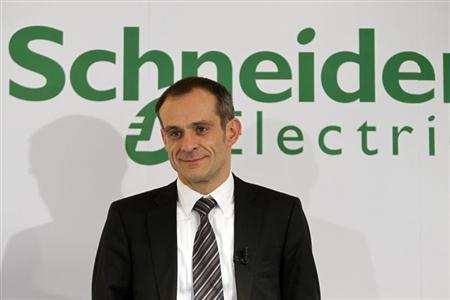 Jean-Pascal Tricoire, Executive Chairman of French electric equipment company Schneider Electric, poses before the company's 2009 annual results presentation in Paris February 18, 2010. REUTERS/Charles Platiau