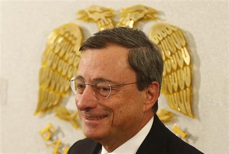 Draghi does his bit with salary to fight inflation