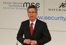 German Defence Minister Thomas de Maiziere gives a speech during the opening of the 49th Conference on Security Policy in Munich February 1, 2013. REUTERS/Michael Dalder