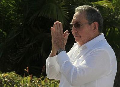 Cuba's Raul Castro jokingly hints at possible retireme...