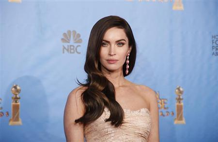 Presenter Megan Fox poses backstage at the 70th annual Golden Globe Awards in Beverly Hills, California, January 13, 2013. REUTERS/Lucy Nicholson