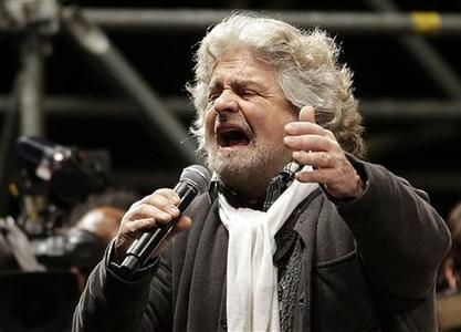 Five Star Movement leader and comedian Beppe Grillo speaks during a rally in Rome February 22, 2013. REUTERS/Max Rossi