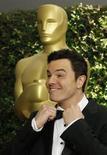 Seth MacFarlane, apresentador do 85º Oscar, chega à Academia de Artes e Ciências Cinematográficas em Hollywood, EUA. Estrelas maiores, mais música e comédia mais ousada estão no cardápio da cerimônia do Oscar do próximo domingo, quando os prêmios mais cobiçados da indústria de cinema são entregues. 01/12/2012 REUTERS/Fred Prouser