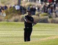 Jason Day of Australia hits his second shot on the 18th hole during the quarterfinal round of the WGC-Accenture Match Play Championship golf tournament in Marana, Arizona February 23, 2013. REUTERS/Matt Sullivan