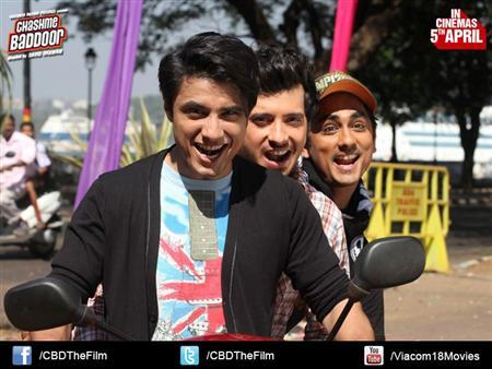 A still from ''Chashme Baddoor''