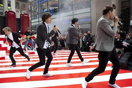 The band ''One Direction'' performs on NBC's Today show in New York November 13, 2012. REUTERS/Andrew Burton