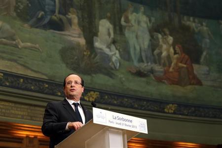 French President Francois Hollande attends a conference on ''Civil servants in Dictatorial Europe'' at the Sorbonne in Paris February 21, 2013. REUTERS/Philippe Wojazer