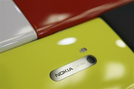 Nokia Lumia smartphones are pictured in a shop in Warsaw, January 11, 2013. REUTERS/Kacper Pempel/Files