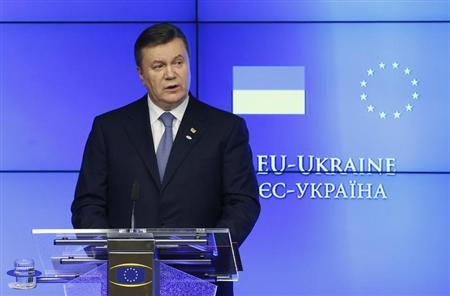 Ukrainian President Viktor Yanukovich addresses a news conference during a European Union-Ukraine summit at the EU Council in Brussels February 25, 2013. REUTERS/Francois Lenoir