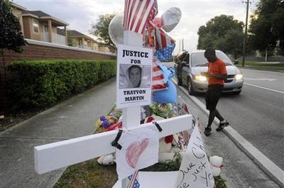 Florida town tries to unite after Trayvon Martin...