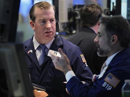 Traders work on the floor of the New York Stock Exchange January 10, 2013. REUTERS/Brendan McDermid/Files