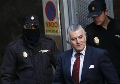 Main suspect in Spain graft scandal has passport...