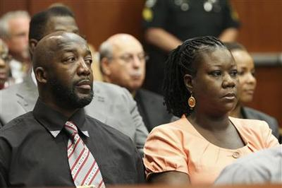 Parents mark anniversary of Trayvon Martin death at...