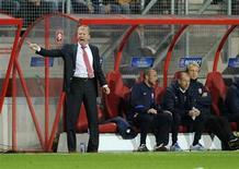 L'ancien sélectionneur de l'équipe d'Angleterre Steve McClaren a démissionné mardi de son poste d'entraîneur du club néerlandais de Twente Enschede après une série de six matches sans victoire. /Photo d'archives/REUTERS/Robin van Lonkhuijsen/United Photos