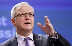 Il commissario Ue per gli Affari economici e monetari Olli Rehn. REUTERS/Francois Lenoir