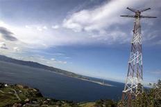 Un'immagine dello Stretto di Messina. REUTERS/Tony Gentile
