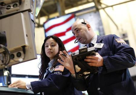 Traders work on the floor of the New York Stock Exchange, February 26, 2013. REUTERS/Brendan McDermid