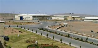 Imagen de archivo de la planta de enriquecimiento de uranio de Natanz en Irán, mar 30 2005. Investigadores de la firma de seguridad informática Symantec descubrieron una versión del virus informático Stuxnet que se utilizó para atacar el programa nuclear iraní en noviembre del 2007, dos años antes de lo que se pensaba hasta ahora. Reuters/Raheb Homavandi