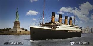 """На полученном Рейтер от круизной компании Blue Star Line рисунке - изображение будущей копии """"Титаника"""" в Нью-Йорке, опубликованное 26 февраля 2013 года. Австралийский бизнесмен Клив Палмер представил чертежи """"Титаника 2"""" - современной копии погибшего во льдах Северной Атлантики океанского пассажирского лайнера, считавшегося непотопляемым. REUTERS/Blue Star Line/Handout"""