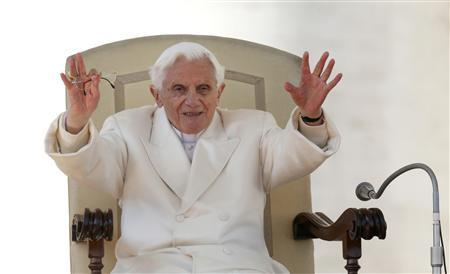 Pope Benedict XVI holds his last general audience in St Peter's Square at the Vatican February 27, 2013. The weekly event which would normally be held in a vast auditorium in winter, but has been moved outdoors to St. Peter's Square so more people can attend. The pope has two days left before he takes the historic step of becoming the first pontiff in some six centuries to step down instead of ruling for life. REUTERS/Alessandro Bianchi