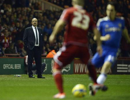 Chelsea's interim manager Rafael Benitez (L) reacts during their English FA Cup soccer match against Middlesbrough in Middlesbrough, northern England February 27, 2013. REUTERS/Nigel Roddis