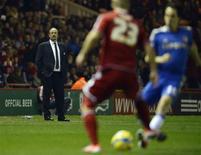 Rafael Benitez quittera son poste d'entraîneur de Chelsea en fin de saison, a annoncé l'Espagnol après la victoire 2-0 du club londonien en huitième de finale de la Cup, mercredi, à Middlesbrough. /Photo prise le 27 février 2013/REUTERS/Nigel Roddis