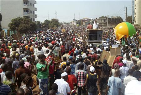 Anti-government demonstrators protest in Conakry February 27, 2013. REUTERS/Saliou Samb