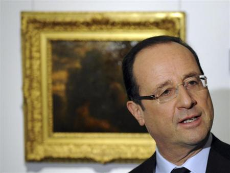 France's President Francois Hollande visits the Pushkin Museum of Fine Arts in Moscow February 28, 2013. REUTERS/Yuri Kadobnov/Pool (RUSSIA - Tags: POLITICS)