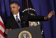 Les Etats-Unis se dirigent tout droit vers le gel automatique de 85 milliards de dollars de crédits publics, malgré une réunion vendredi entre Barack Obama et les chefs de file du Congrès, dont les républicains ont prévenu qu'elle ne déboucherait pas sur un accord de dernière minute. /Photo prise le 27 février 2013/REUTERS/Yuri Gripas