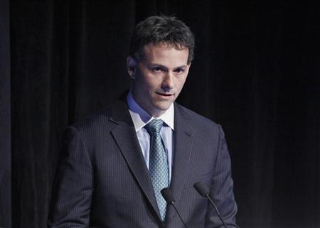 David Einhorn, president of Greenlight Capital, speaks during the Sohn Investment Conference in New York, May 16, 2012. REUTERS/Eduardo Munoz/Files