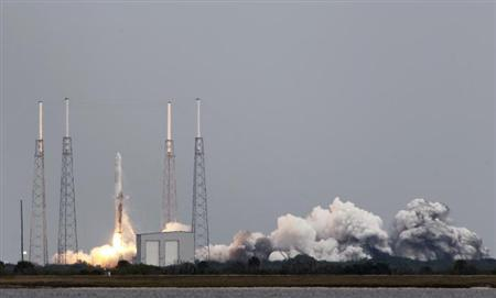 The SpaceX Falcon 9 rocket lifts off from the Cape Canaveral Air Force Station on a second resupply mission to the International Space Station in Cape Canaveral, Florida March 1, 2013. REUTERS/Bob Strong