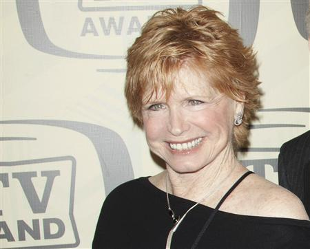 Actor Bonnie Franklin, who played Ann Romano in the hit sitcom ''One Day at a Time'', arrives for the 10th Annual TV Land Awards at the Lexington Avenue Armory in New York in this file photo from April 14, 2012. REUTERS/Andrew Kelly/Files