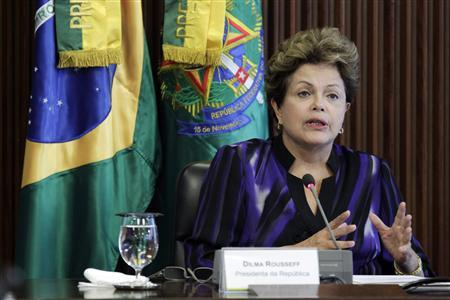Brazil's President Dilma Rousseff reacts during a meeting of the National Council for Scientific and Technological Development at the Planalto Palace in Brasilia February 6, 2013. REUTERS/Ueslei Marcelino