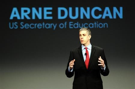 U.S. Secretary of Education Arne Duncan addresses a crowd of teachers and politicians during an event to bring physical activity back to schools, hosted by the American Alliance for Health, Physical Education, Recreation and Dance (AAHPERD) and the Alliance for a Healthier Generation in Chicago, Illinois, February 28, 2013. REUTERS/Jeff Haynes