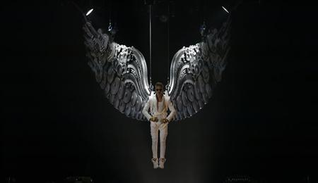 Canadian singer Justin Bieber performs in a concert at the Manchester Arena in Manchester, northern England, February 21, 2013. REUTERS/Phil Noble