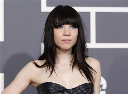 Pop singer Carly Rae Jepsen arrives at the 55th annual Grammy Awards in Los Angeles, California February 10, 2013. REUTERS/Mario Anzuoni