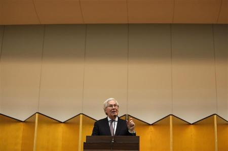 Bank of England Governor Mervyn King delivers a speech at his lecture meeting hosted by the Japan Bankers Association in Tokyo February 26, 2013. REUTERS/Issei Kato