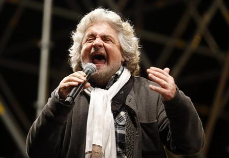 Five Star Movement leader and comedian Beppe Grillo speaks during a rally in Rome February 22, 2013. REUTERS/Stefano Rellandini