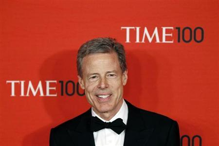 Chairman and CEO of Time Warner Jeff Bewkes arrives at the 2011 Time 100 Gala ceremony in New York April 26, 2011. REUTERS/Lucas Jackson/Files