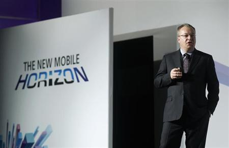 Nokia's President and CEO Stephen Elop gestures during a news conference at the Mobile World Congress at Barcelona, February 26, 2013. REUTERS/Albert Gea