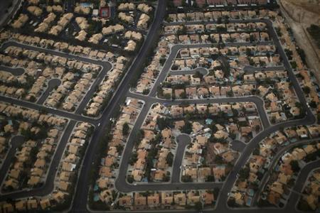 A residential real estate is pictured from the air in the suburbs of Las Vegas, Nevada, November 1, 2012. REUTERS/Jason Reed