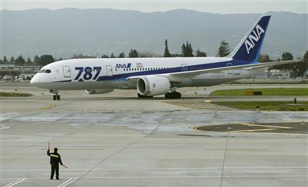 An All Nippon Airways Boeing 787 Dreamliner passenger jet is directed to its gate after arriving from Tokyo at San Jose International Airport in San Jose, California, in this January 11, 2013 file photo. REUTERS/Robert Galbraith/Files