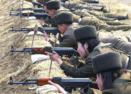 North Korean soldiers attend military training in this picture released by the North's official KCNA news agency in Pyongyang March 7, 2013. REUTERS/KCNA